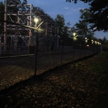 Critical Infrastructure/Commercial Fence Light Installation